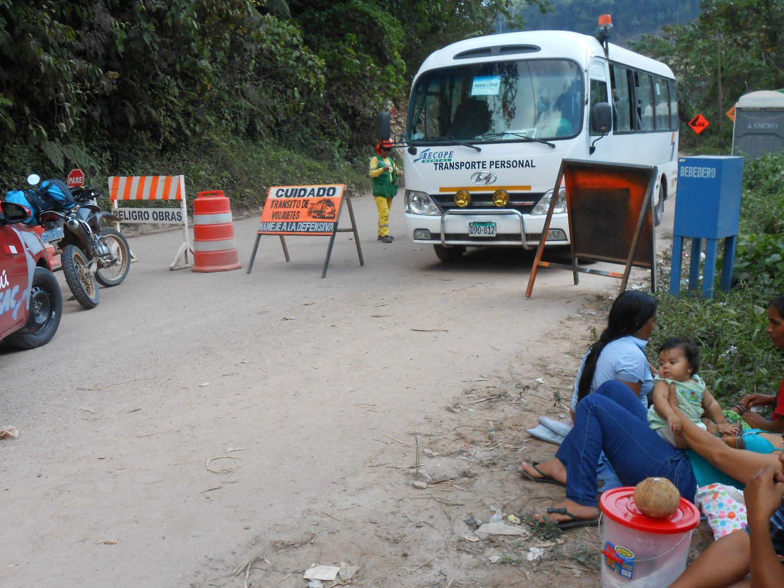Huanuco Tingo Maria Roadblock